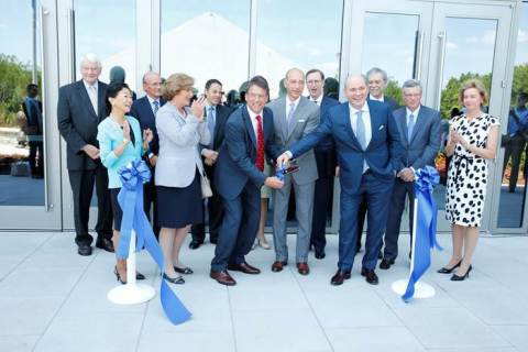 metlife ribbon cutting